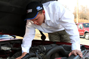 Senior on fast track to NASCAR career