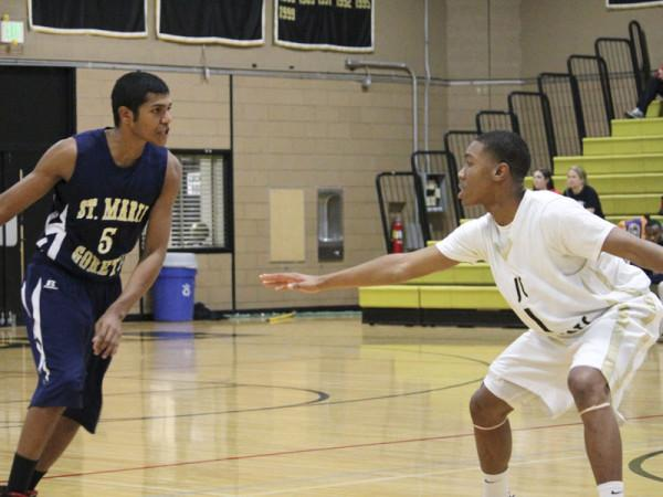 Men's varsity basketball dominates in first game of season