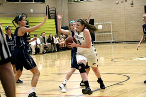 Women&#8217;s basketball team defeats IND in first conference game